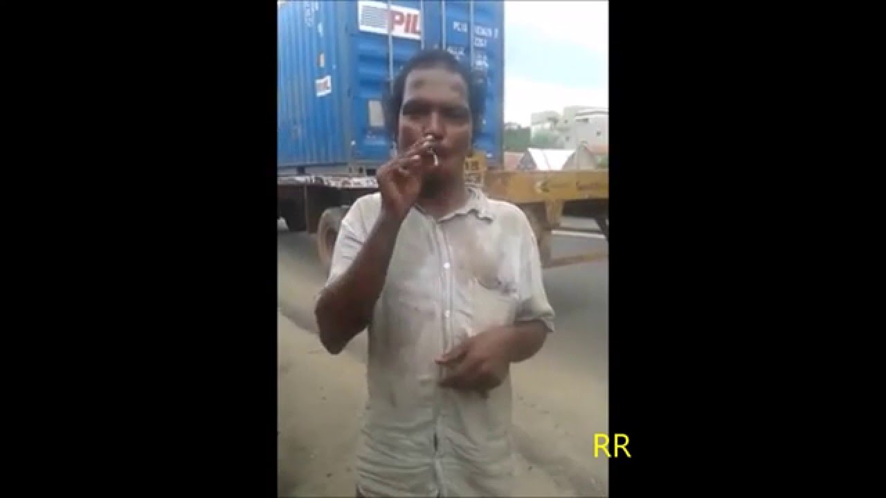Indian showed his epic desi Smoking Tricks