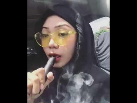 Girl Best Smoke Tricks / best smoke rings / tricks / shisha smoking tricks