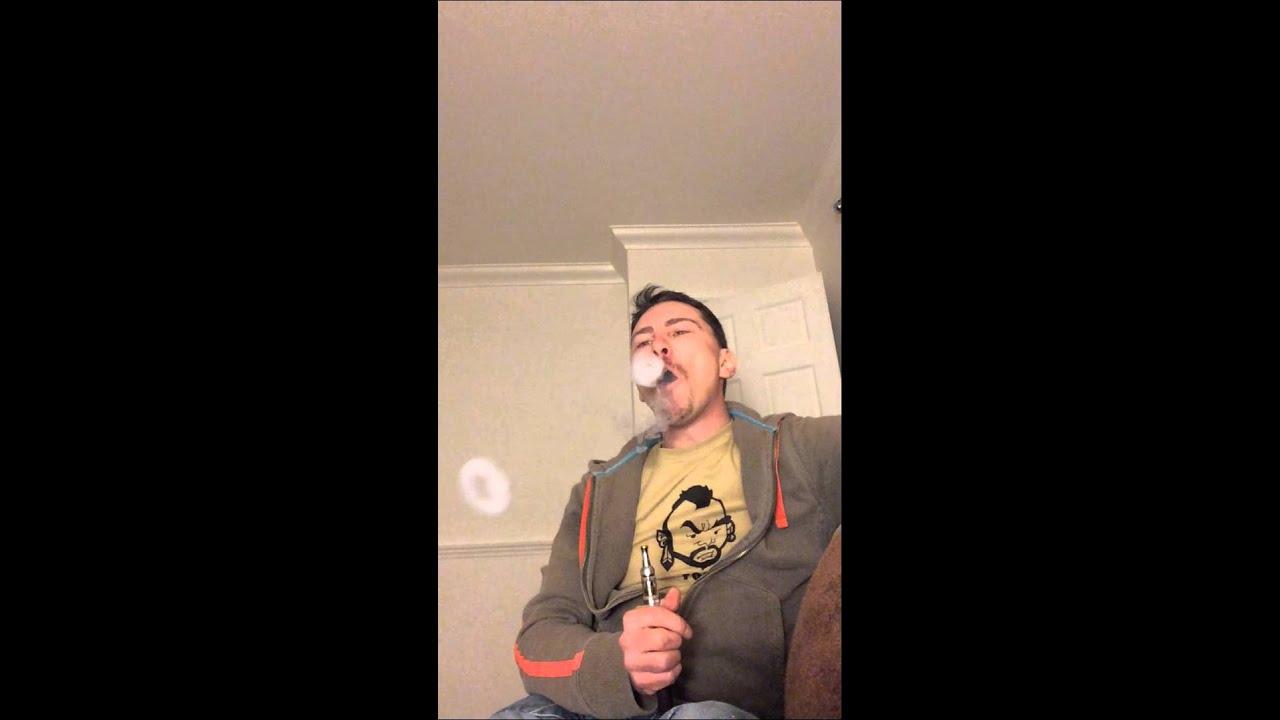 Vape tricks smoke rings and bullring