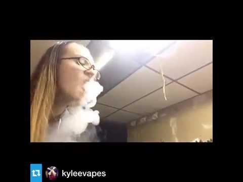 Amazing smoke Rings   Girl  smoke – wizards of vape- amazing rings & smoke tricks