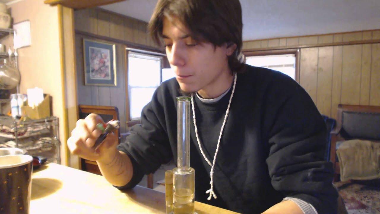 bong toke and smoke tricks